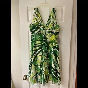 Donna Ricco Green Tropical Dress Size 10(Not worn)